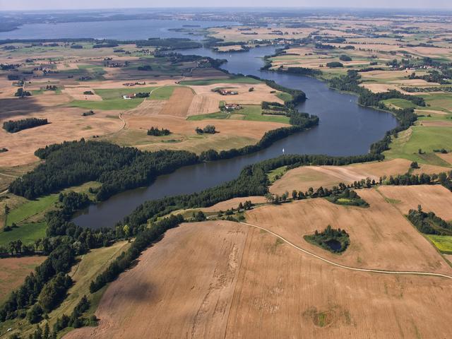 Jezioro Wojnowo i marina Giżycko, czyli mazurskie kontrasty